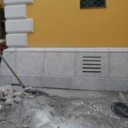 Szent Imre torony lábazat Budakalászi mészkő